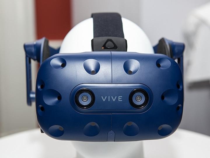 【情報】HTC VIVE Pro即日起展開預購  建議售價新台幣24,988元