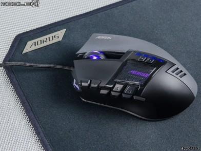 服貼掌握 充足功能 AORUS THUNDER M7 遊戲滑鼠與THUNDER P3滑鼠墊開箱