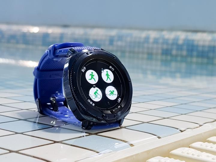 三星Gear Sport小試用  負擔較少的全功能智慧錶