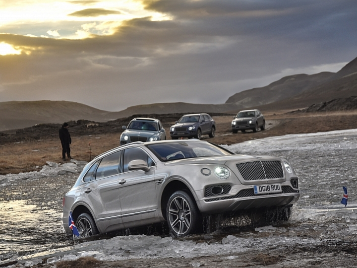 Bentley Bentayga V8 冰島試駕 如夢似幻般的感性組合