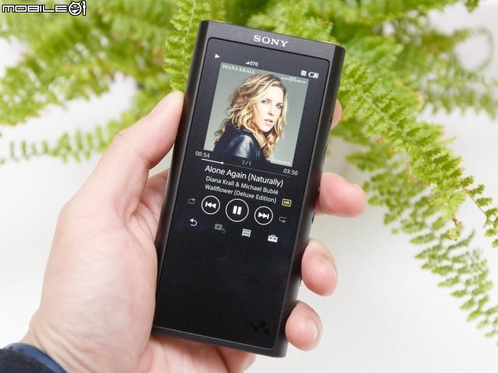 更輕巧的高音質隨身機 Sony Walkman NW-ZX300