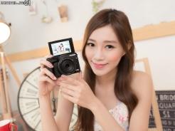 功能全面進化 支援翻轉自拍‧Canon EOS M3