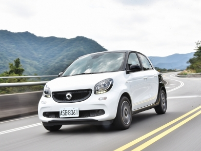 都會小精靈 Smart forfour 66kW Passion