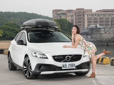 活力滿分! Volvo V40 Cross Country T4 AWD