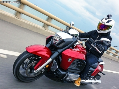 霸氣十足 HONDA GOLDWING F6C